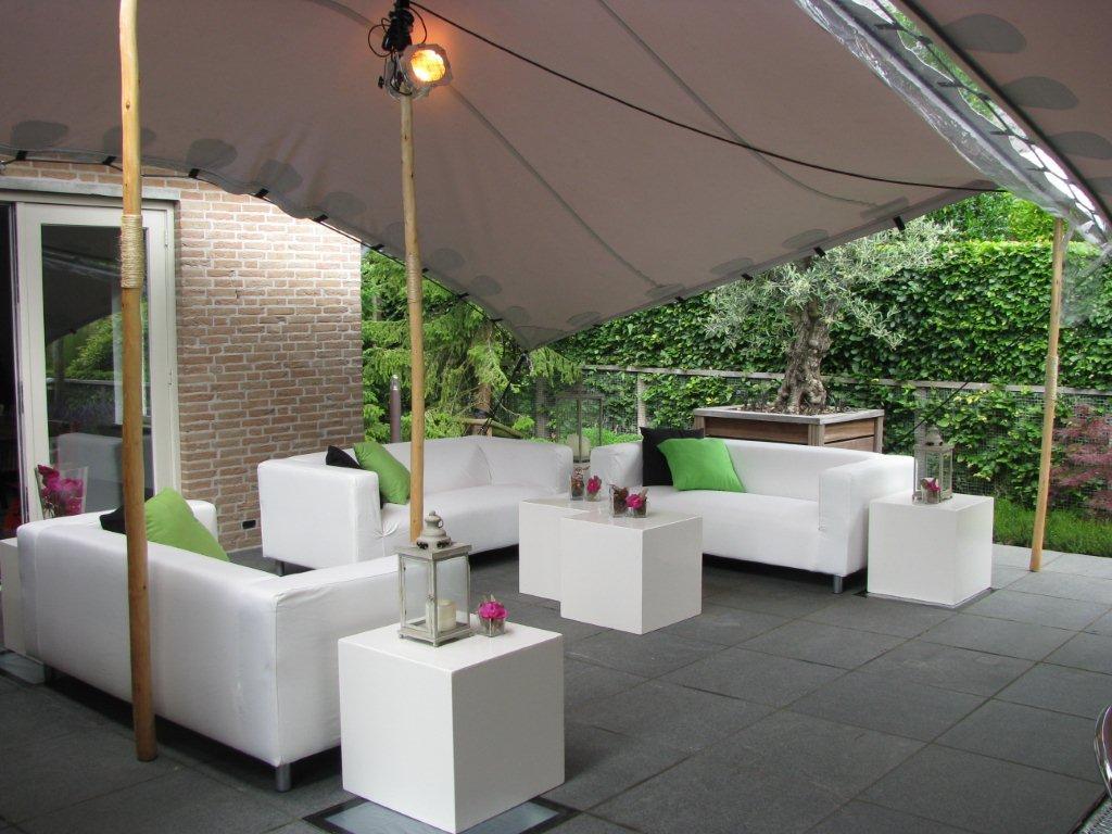 Index of partymiddelen meubilair witte lounge - Meubilair loungeeetkamer ...